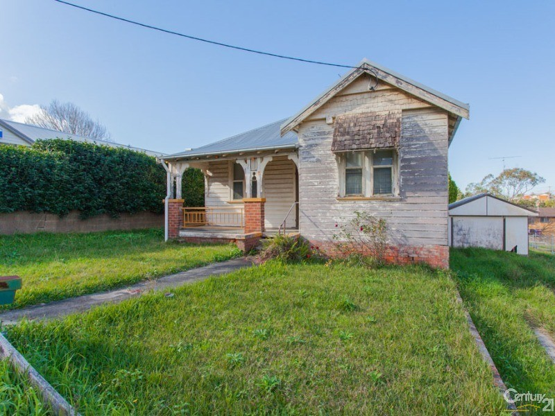8 Smith Street, Charlestown - House for Sale in Charlestown