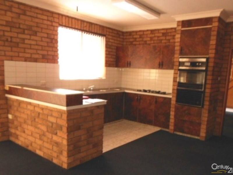 1/216 Brunker Road, Adamstown - Unit for Rent in Adamstown