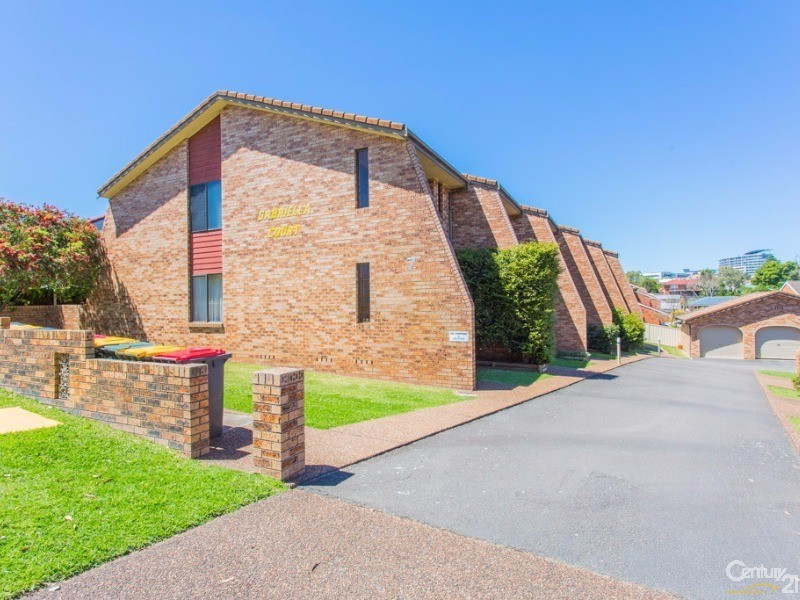 1/7 Hutton Street, Charlestown - Townhouse for Sale in Charlestown