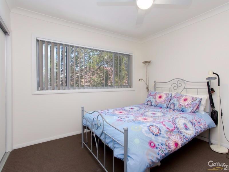 2nd Bedroom - 2/95 Rae Crescent, Kotara - Townhouse for Sale in Kotara