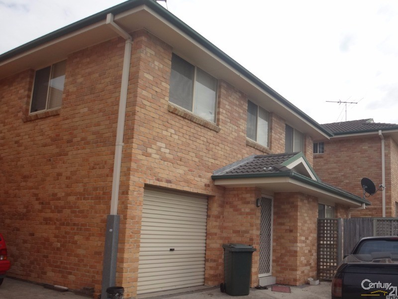2/13 Myra Street, East Maitland - Townhouse for Rent in East Maitland