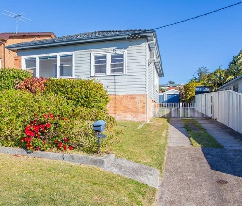 52 James Street, Charlestown - House for Sale in Charlestown