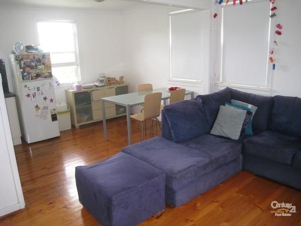 Lounge - 24 Cadaga Road, Gateshead - House for Sale in Gateshead