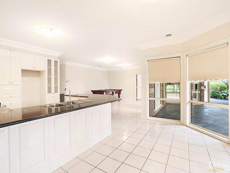 53 Sunningdale Crescent, Cranbourne - House for Sale in Cranbourne