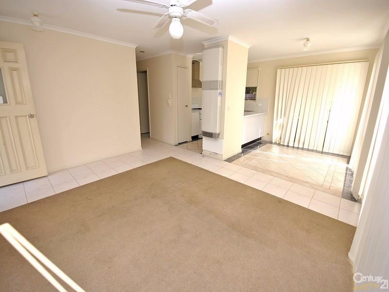 42 Garnet Close, Narre Warren - House for Rent in Narre Warren