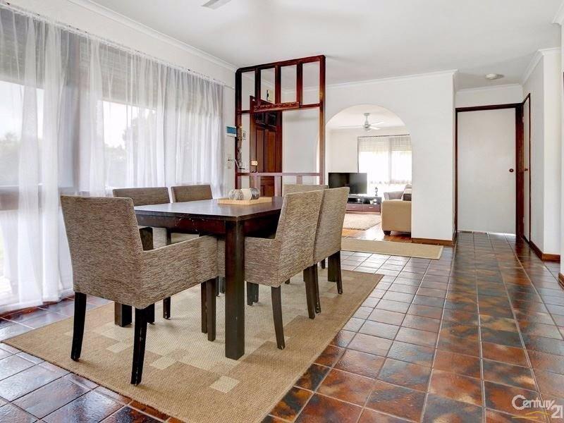 18 Beachurst Avenue, Dromana - House for Rent in Dromana