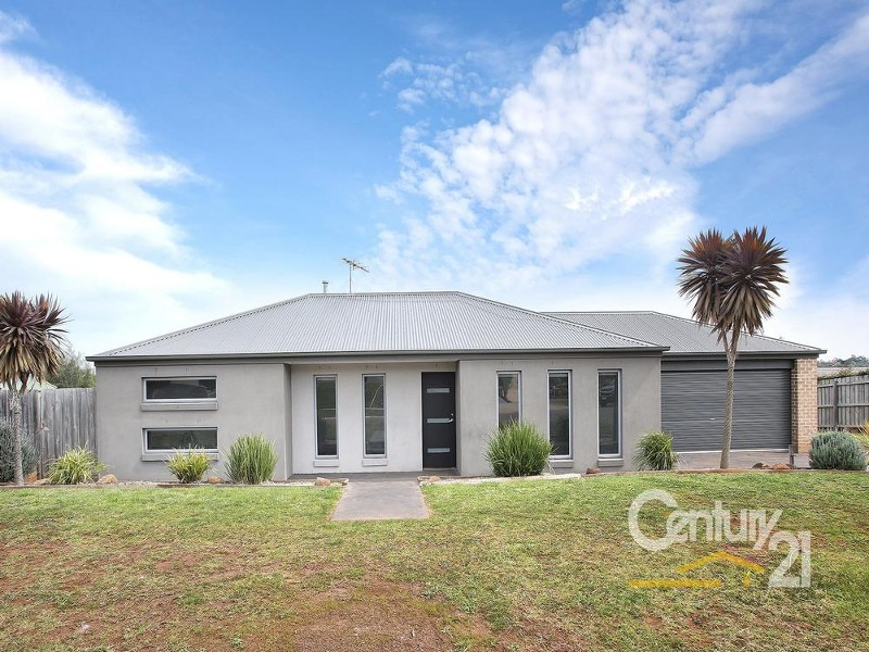 5 Emma Close, Drouin - House for Sale in Drouin