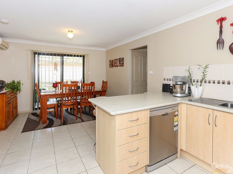 1-2/30 Brigantine Street, Rutherford - House for Sale in Rutherford