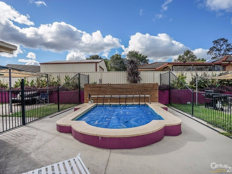 1-2/37 Ventura Close, Rutherford - House for Sale in Rutherford