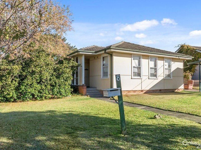 8 tully avenue liverpool nsw 2170 369816 century 21 combined liverpool