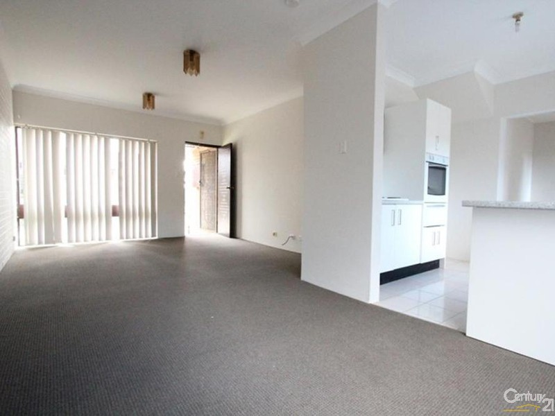 7/156 MOORE STREET, Liverpool - Townhouse for Rent in Liverpool