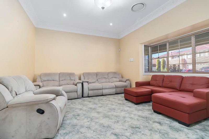 1 Bakeri Court, Voyager Point - House for Sale in Voyager Point