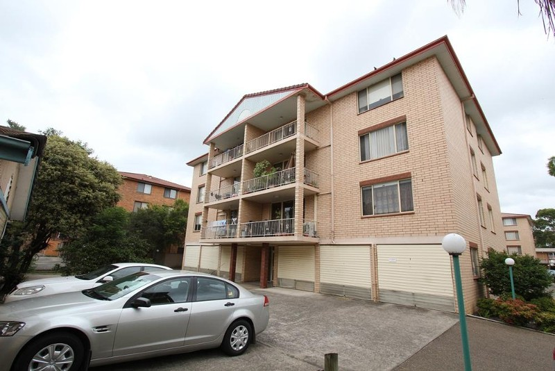57/4 Riverpark Drive, Liverpool - Unit for Rent in Liverpool