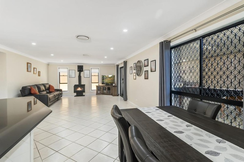 32 Bottlebrush Ave, Casula - House for Sale in Casula