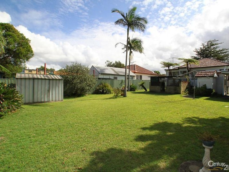 80 Crammond Boulevarde, Caringbah - House for Sale in Caringbah