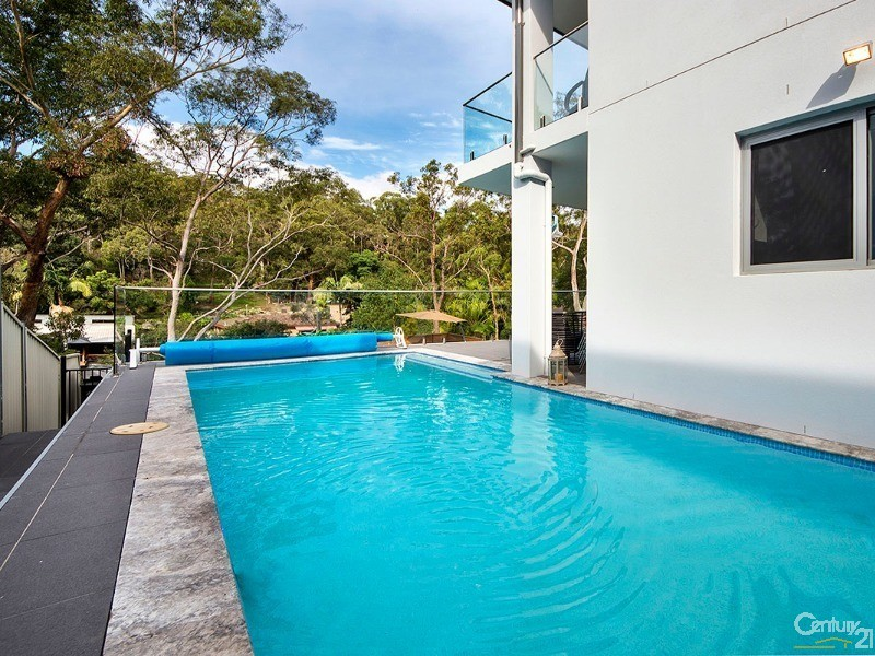 House for Sale in Illawong NSW 2234