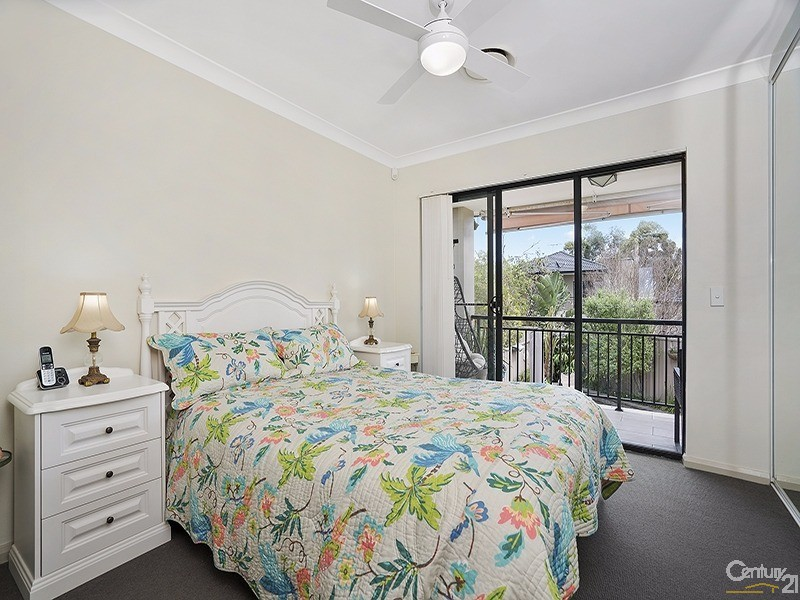 Townhouse for Sale in Illawong NSW 2234
