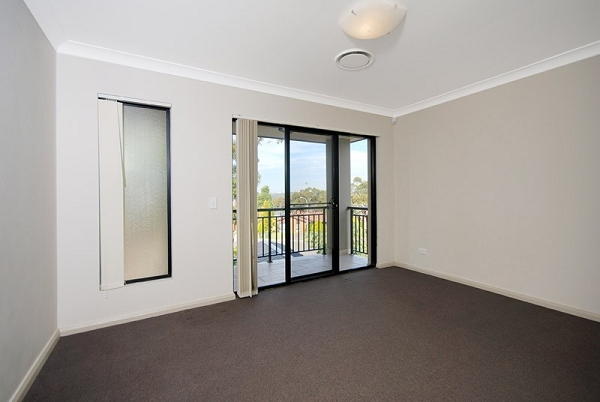 2/54 Osprey Drive, Illawong - Townhouse for Sale in Illawong