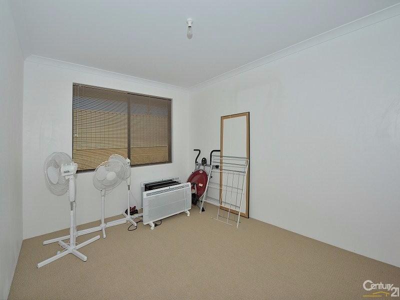 32 Longmeadow Vista, Meadow Springs - House for Sale in Meadow Springs