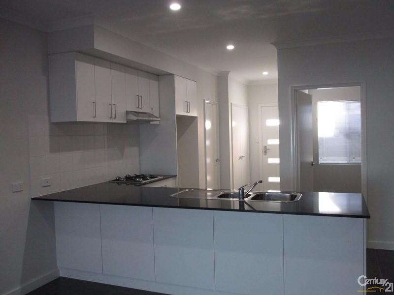 29/15 Kardan Loop, Falcon - Townhouse for Rent in Falcon