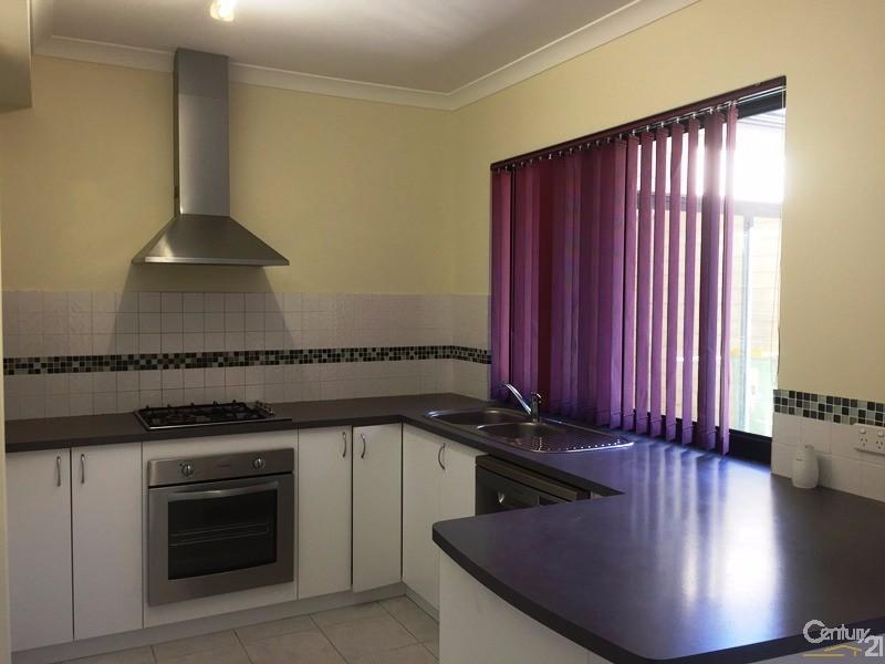 4/49-51 Sutton Street, Mandurah - Townhouse for Rent in Mandurah