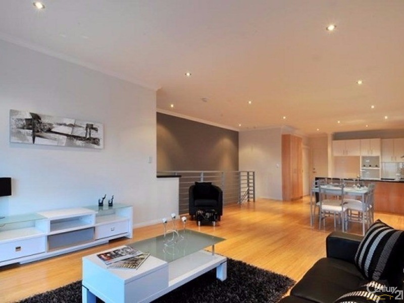 21A Oversby Street, Halls Head - Townhouse for Rent in Halls Head