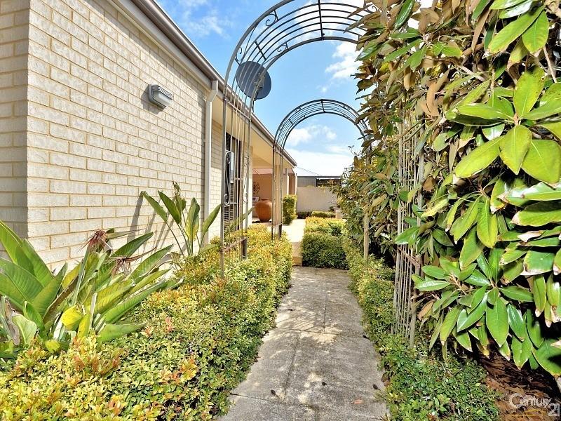 11 Cohen Vista, Lakelands - House for Sale in Lakelands