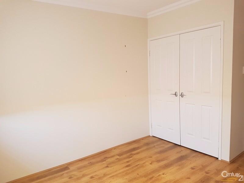 11 Stevenson Street, Dudley Park - Townhouse for Rent in Dudley Park