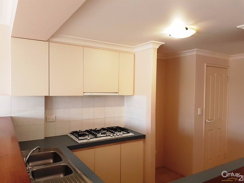 11/1 Waterside Drive, Dudley Park - Townhouse for Rent in Dudley Park