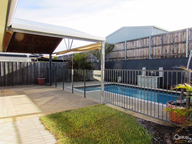 8 Quandong Parkway, Halls Head - House for Rent in Halls Head
