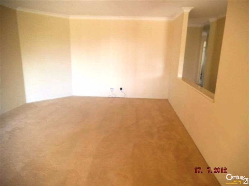 15 Whitegum Pass, Halls Head - House for Rent in Halls Head