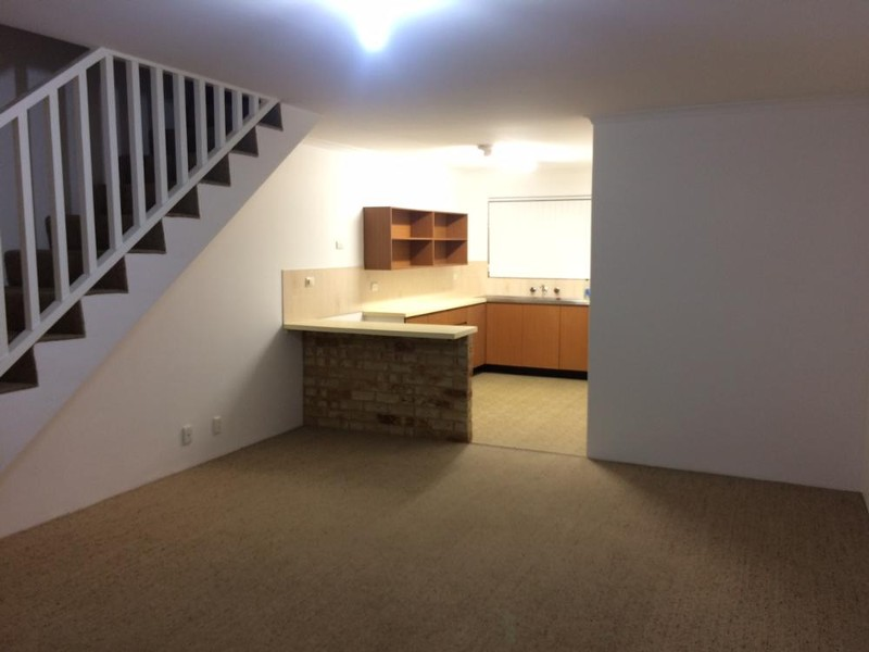 11/1 Banksia Terrace, South Yunderup - Townhouse for Rent in South Yunderup