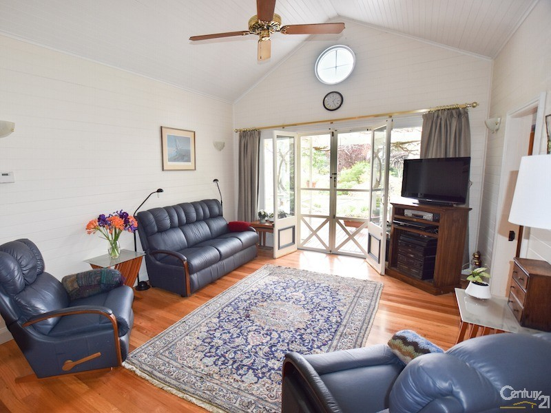 French doors to verandah - 17-19 Tyndall Street, Mittagong - House for Sale in Mittagong