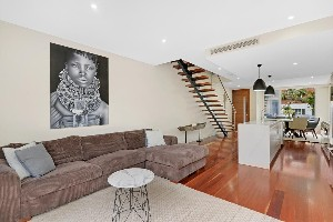 CENTURY 21 Harbourside Property of the week