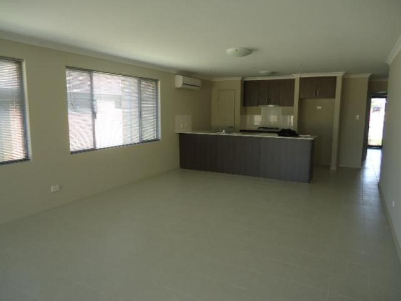24 Bowline Avenue, Alkimos - House for Rent in Alkimos