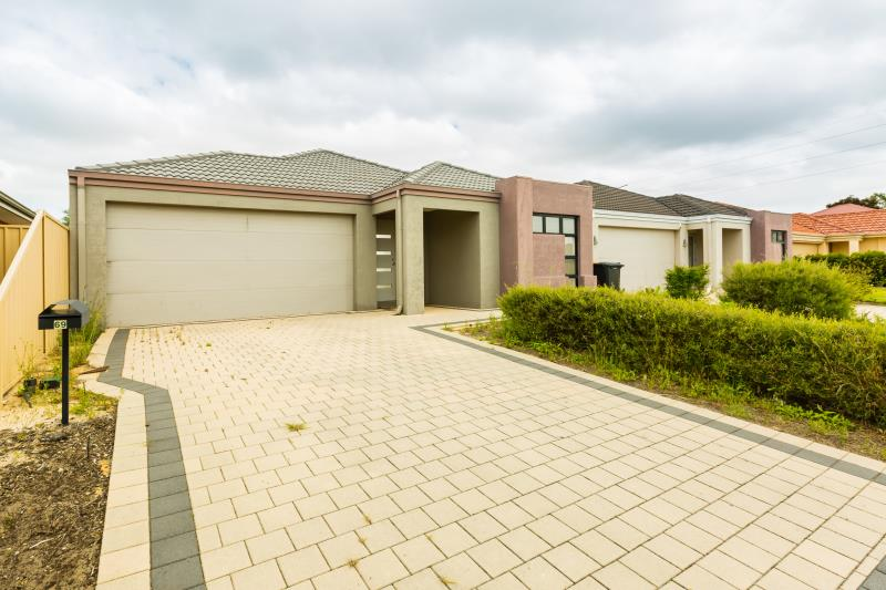 69 Comrie Road, Canning Vale - House for Rent in Canning Vale