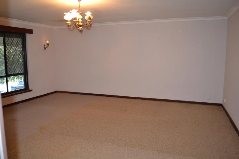 26 Nineham Avenue, Spearwood - House for Rent in Spearwood
