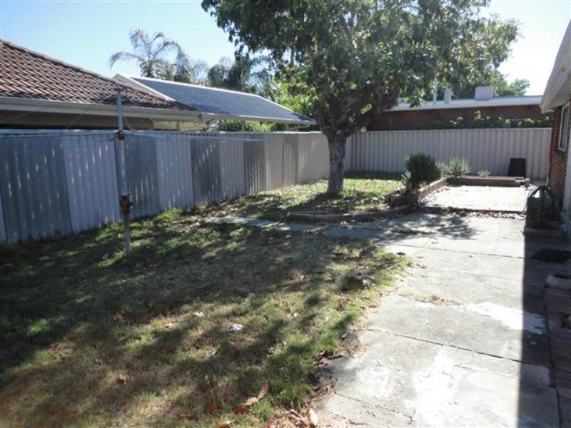 19 Amery Street, Como - House for Rent in Como