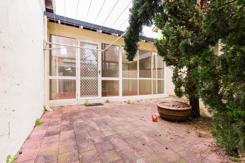 53 Rushton Street, Burswood - House for Rent in Burswood