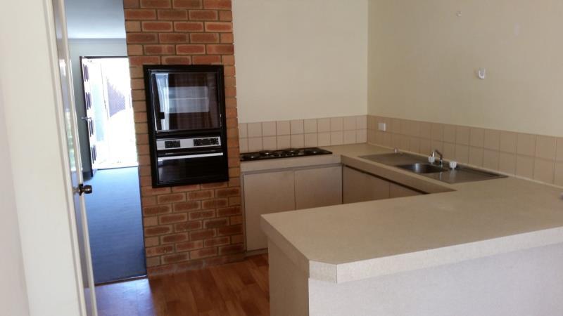 3/4 Yate Court, Morley - Villa for Rent in Morley