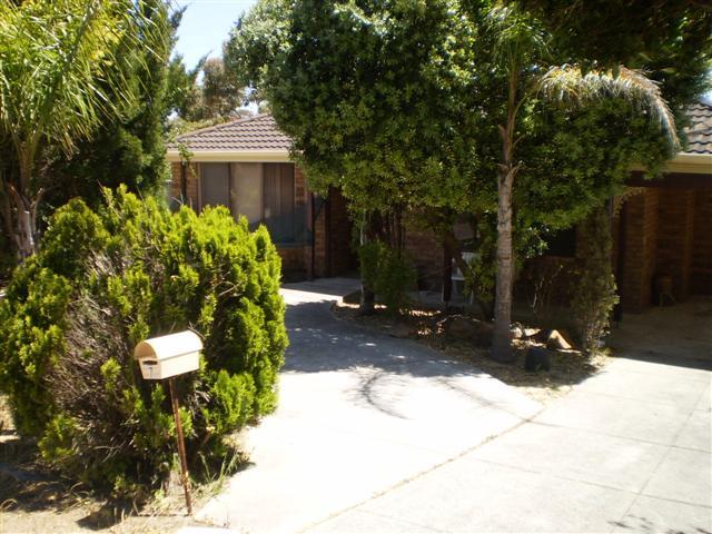 7 Lucken Place,, Bibra Lake - House for Rent in Bibra Lake