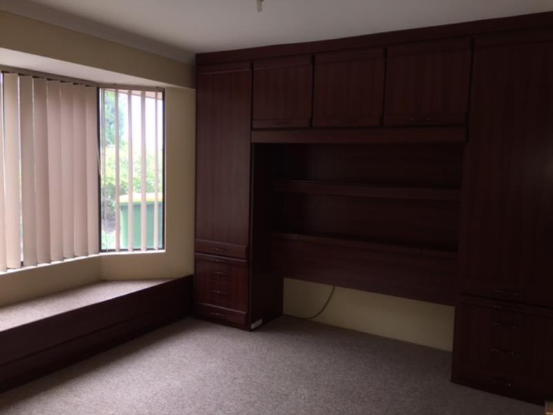 7 Lucken Place, Bibra Lake - House for Rent in Bibra Lake