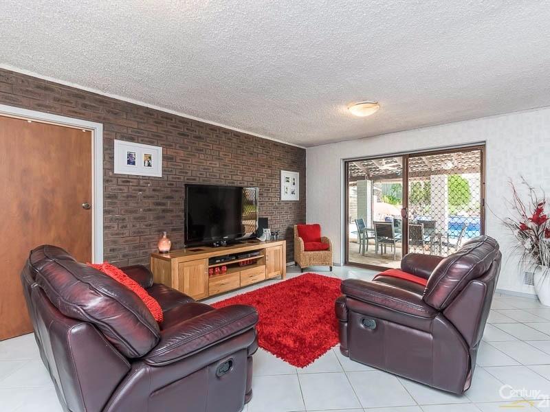 9 Camborne Way, Thornlie - House for Sale in Thornlie