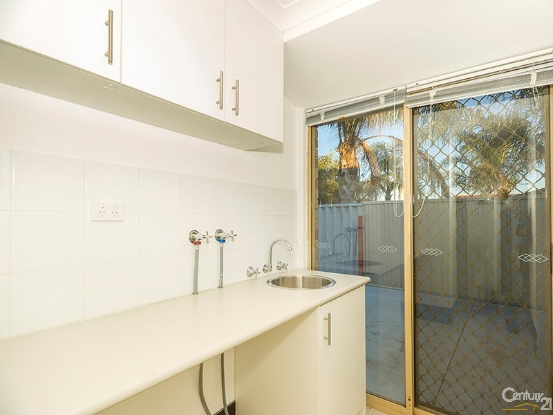 9 Piesse Place, Seville Grove - House for Sale in Seville Grove