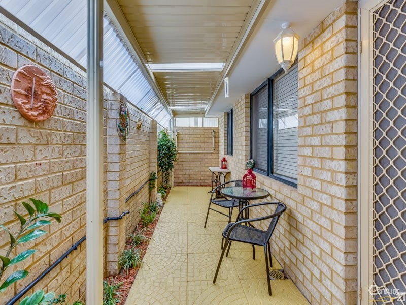 8 Valleyview Trail, Canning Vale - House for Sale in Canning Vale