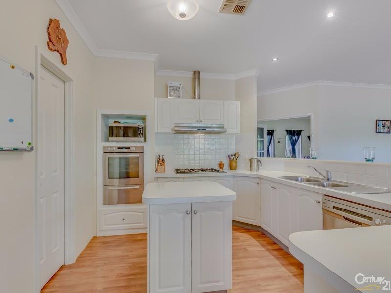 8 Darling Range Drive, Bedfordale - House for Sale in Bedfordale