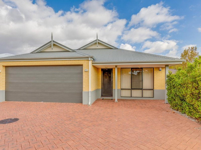 27D Wiltshire Avenue, Thornlie - House for Sale in Thornlie