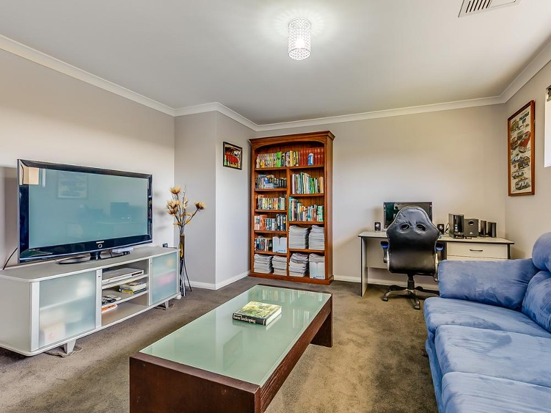 63 Rivose Crescent, Darling Downs - House for Sale in Darling Downs