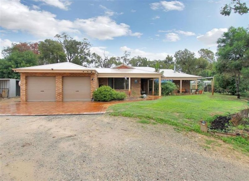 289 Mandogalup Road, Hope Valley - House for Sale in Hope Valley