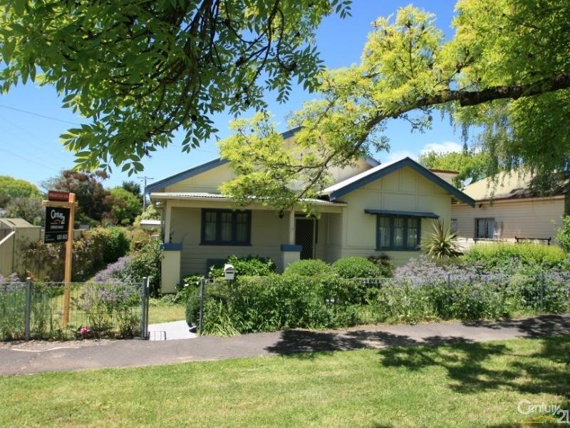 102 SAMPSON STREET, Orange - House for Sale in Orange